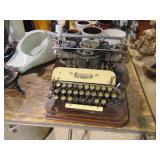 Vintage Typerwriter