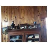 Many antiques