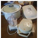 Kitchen small appliances, slow cooker, Waffle iron