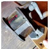 Arrow pencil sharpener - vintage