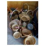 Baskets many shapes and sizes 15 plus in lot