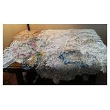 Doilies & Table scarves