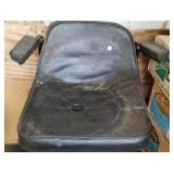 Lawn tractor seat, no name, with arm rest