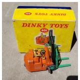 Dinky Toy Fork Lift with driver - in original box