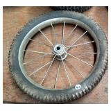 Wire spoked wheel and tire