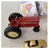 International Toy Tractor, Hot Wheels
