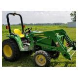 John Deere 3038E Tractor with bucket attachment