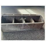 """Primitive divided toolbox, 25"""" L"""