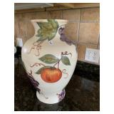 Plate, bowl, vase & wall hanger with plates