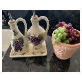 Mug, oil & vinegar with tray - grape theme