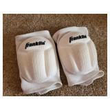 Franklin Sports Knee Pads - look new