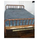 Jenny Lind style full size bed