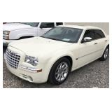 2006 Chrysler 300C, 5.7L Hemi, 1-owner estate car