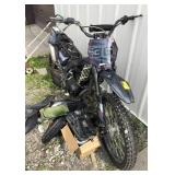 Apollo AGB-36C Dirt Bike