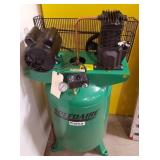 SpeedAire 30gal Vertical Air Compressor