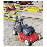 TORO. Self propelled push mower