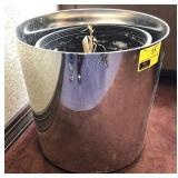 Large planting pot