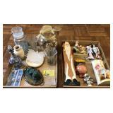 Flat Of Decorative Items