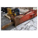 Hydraulic breaker/hammer for excavator