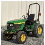 John Deere 4100 Utility Tractor