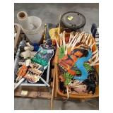 Large lot of items, Halloween decor, roller
