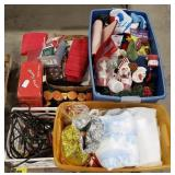 Holiday/Houseware Lot Includes: Christmas