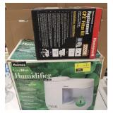 Lot of Holmes CoolMist Humidifier and Honeywell