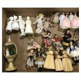 Lot of vintage miscellaneous miniature dolls and