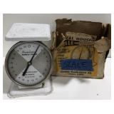 Vtg American Family Scales weighs up to 25lbs.