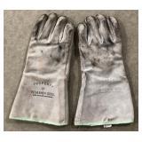 Pair Of Vintage Bethlehem Steel Kevlar Gloves