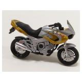 1/18 Scale Yamaha Motorcycle