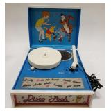 Vintage Sears Winnie the Pooh Record Player.