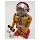 Tin Windup Space robot
