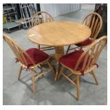 "Solid oak dining set - table (40""round), and 4"