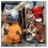 Misc lot of fall Autumn home decor items.