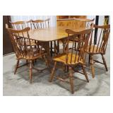Tell City dinning set, 6 bow back chairs, maple,