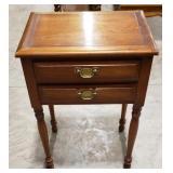 Drexel end table, 2 drawers, minor wear,