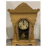 """Wooden Lion Head Mantle Clock measures 15 1/2"""" x"""