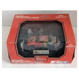 Racing champions 1:43 diecast pit stop show case