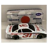 Mike skinner 1:24 scale snap on car