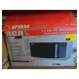 Mirror Finish RCA Microwave-Untested