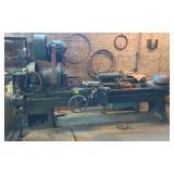 Unmarked Lathe, items on top not included *buyer