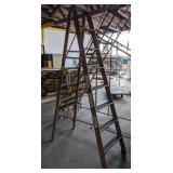 Louisville 8ft Wooden Ladder