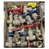 1 1/4 iron pipe gate valves bidding on 1 x the