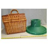 A3   Picnic Basket and Tree Stand