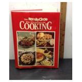 D3 FAMILY CIRCLE COOK BOOK