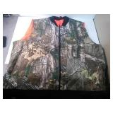 New realtree camo XXL hunting vest