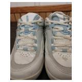M6 11 shoes size 5