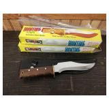 M6 pair of hunting knives