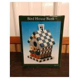 Q1 birdhouse paint